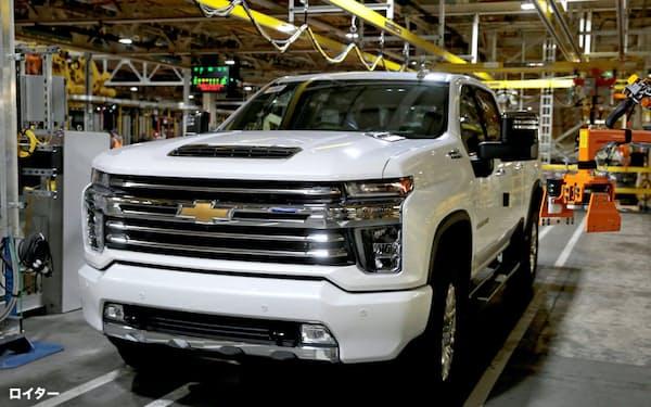 北米の大型車の収益がGMの業績を支えている(米ミシガン州の完成車工場)=ロイター