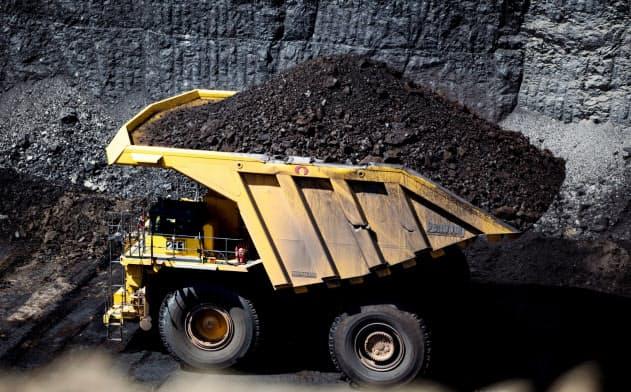 米最大の石炭産地パウダーリバー盆地の炭鉱各社は需要減や異常気象で苦境に陥っている=ロイター