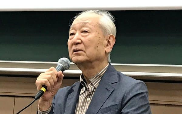 ワークショップに出席した山際永三氏