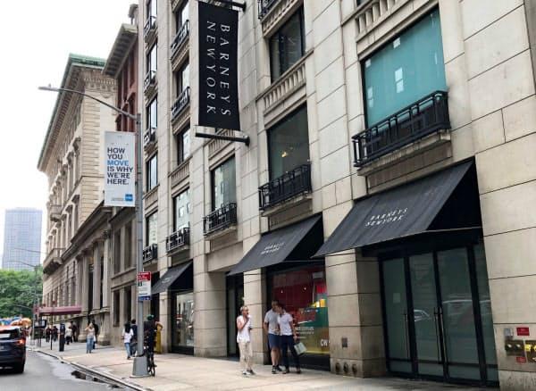 バーニーズ・ニューヨークは不動産賃料の高騰や客離れに苦戦した(ニューヨーク市の旗艦店)