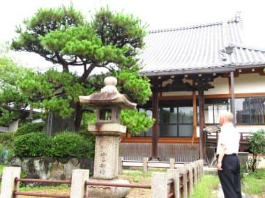 大阪行幸時に一時、内侍所が置かれた盛泉寺(大阪府守口市)