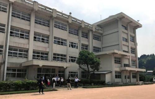 神山まるごと高専の候補場所の神山中学校