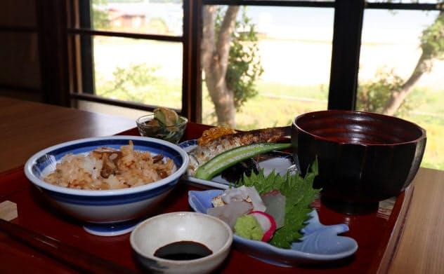 飲食店「暦」は壺井栄の作品に登場する小豆島の郷土料理を再現した(香川県小豆島町)