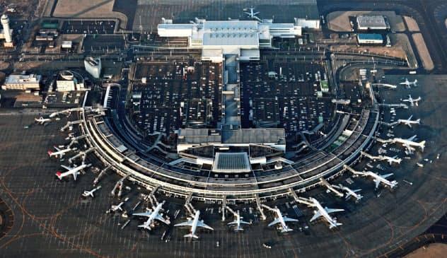 北海道の空の玄関、新千歳空港(千歳市)
