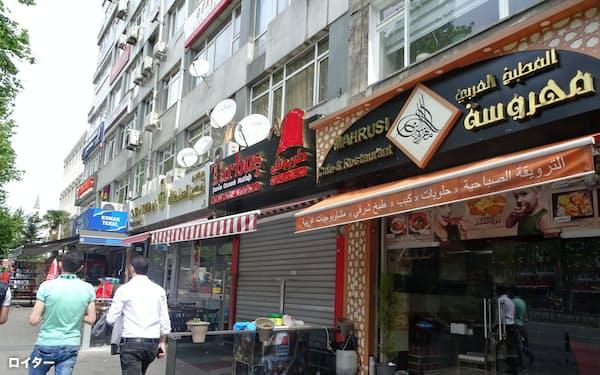 イスタンブールには50万人以上の難民が暮らす(アラブ人街「リトル・シリア」、7月)