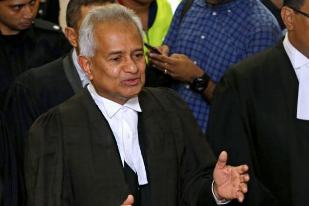 マレーシアのトミー・トーマス司法長官はゴールドマン・サックスの現役・元幹部への起訴に踏み切った=ロイター