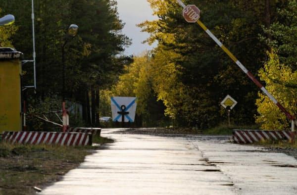 アルハンゲリスク州ニョノクサ近くにある軍事施設の検問所=ロイター