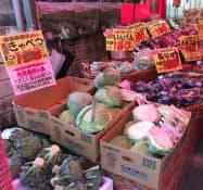 急激な気温上昇でキャベツの価格は前週比2%上昇した(都内のスーパー)
