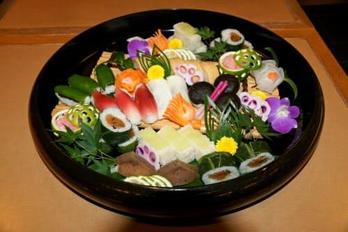 山菜や野菜をネタにする田舎寿司