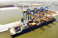 米中貿易戦争を受けてベトナム発のコンテナ輸送が急増している