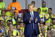 トランプ米大統領は移民に強硬姿勢をとる(13日、ペンシルベニア州)=AP