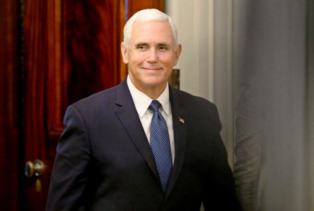 ペンス米副大統領はアイスランドとアイルランドも訪問する=ロイター