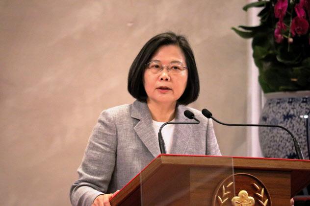 台湾の蔡英文総統は、台湾企業の中国からの生産回帰を後押しする政策を推進する(5月、台北市内)
