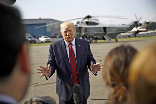 トランプ氏はグリーンランドについて「戦略的にみて米国にとって素晴らしい」などと述べた(18日、ニュージャージー州)=AP