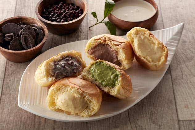 八天堂の「くりーむパン」はなめらかな食感が特徴だ