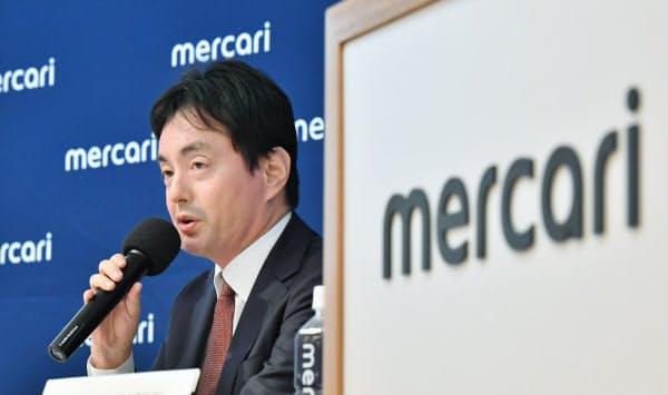山田CEOは今期を「勝負の年」と位置づける(8日、東京都港区)