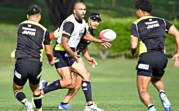リーチ主将は「勝つことで日本のスポーツ界にインパクトを与える」と意気込む=共同