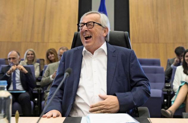 ユンケル欧州委員長はフランス・ビアリッツで開かれる主要7カ国首脳会議(G7サミット)を欠席する=AP