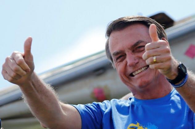 ブラジルのボルソナロ大統領は過激な言動で知られる(10日、ブラジリア)=ロイター