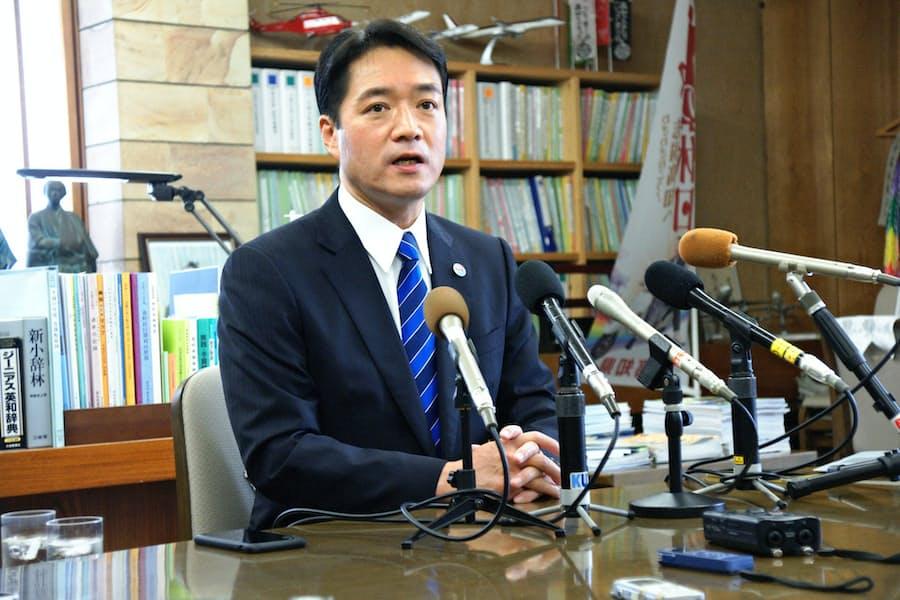 尾崎・高知県知事が4選不出馬 次期衆院選に立候補意向: 日本経済新聞