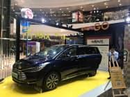 BYDの電気自動車(EV)の販売は足元、失速している(広東省広州市の展示会場)