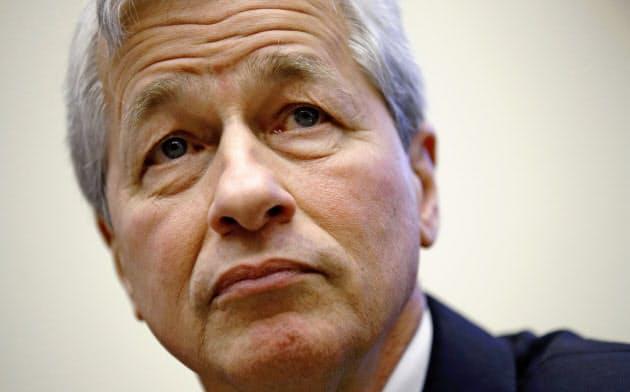 「株主第一主義」の見直しをけん引した米JPモルガン・チェースのジェイミー・ダイモンCEO(4月、ワシントン)=AP