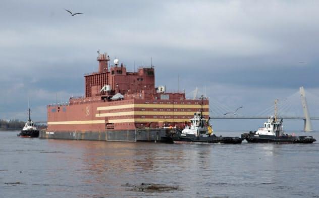 ロシアの浮体式洋上原子力発電所「アカデミック・ロモノソフ」=ロイター