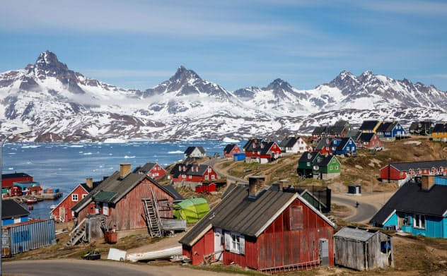 グリーンランドとデンマークの関係は長年、緊張が続いている=ロイター