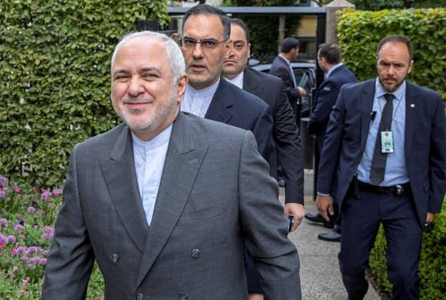 イランのザリフ外相はマクロン大統領との会談を評価した=ロイター