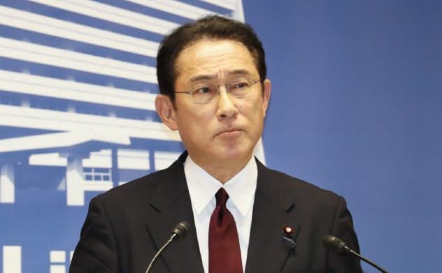6月7日、自民党本部で参院選の公約を発表する自民党の岸田文雄政調会長
