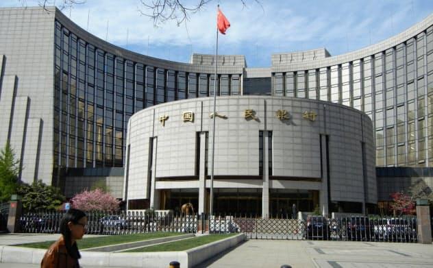 金利自由化は終わりが見えない(北京市の中国人民銀行本店)