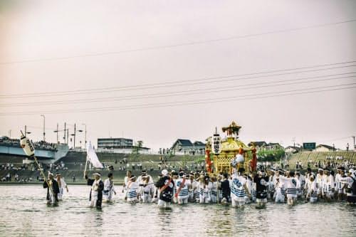 今年8月1日の住吉祭神輿渡御=住吉大社提供
