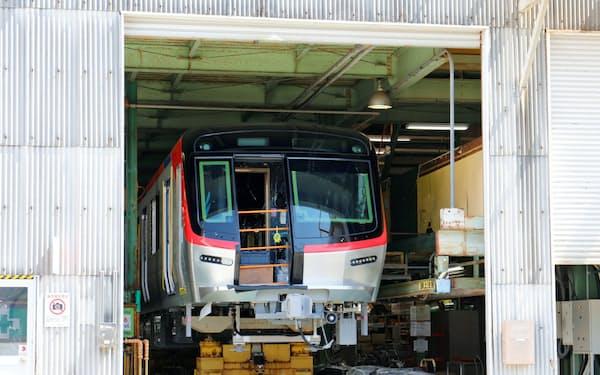 つくばエクスプレス(TX)の製造中の新型車両「TX-3000系」(首都圏新都市鉄道提供)