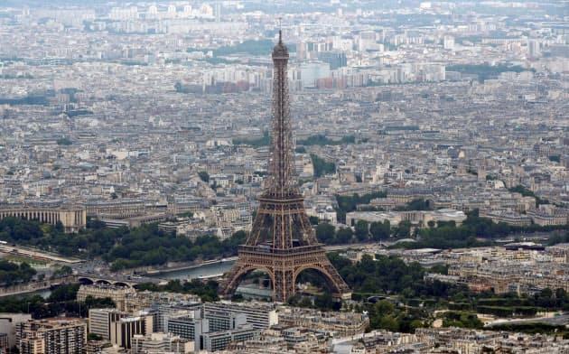パリなど世界の大都市で人口が減少している=ロイター
