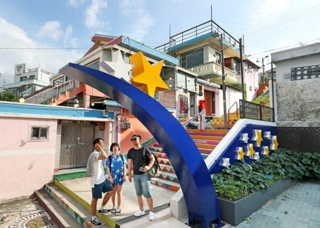 星をかたどったオブジェが街中に設置されている(韓国・光州)