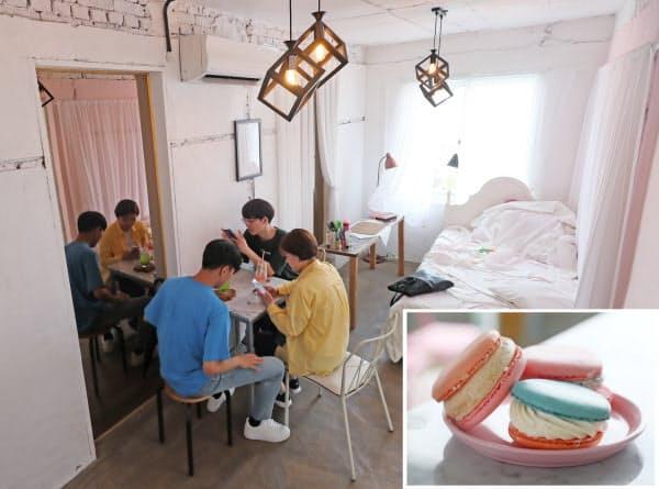 空き家を改修したカフェ「cafe da ea」。マカロンもカラフル(写真右下)