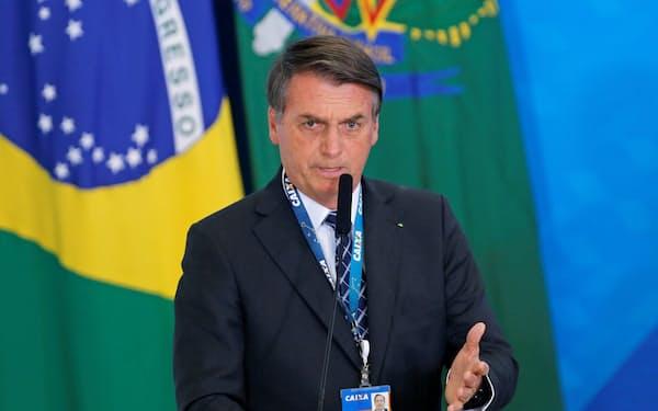 ブラジルのボルソナロ大統領はアマゾン開発に対する欧州の干渉に反発していた(20日、ブラジリア)=ロイター