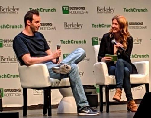 グーグル元幹部のレバンドウスキー被告(左)はグーグルから自動運転の技術を盗んだ疑いがもたれている