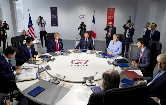 仏ビアリッツで開いたG7サミットは、貿易戦争などの打開策を示せなかった=ロイター