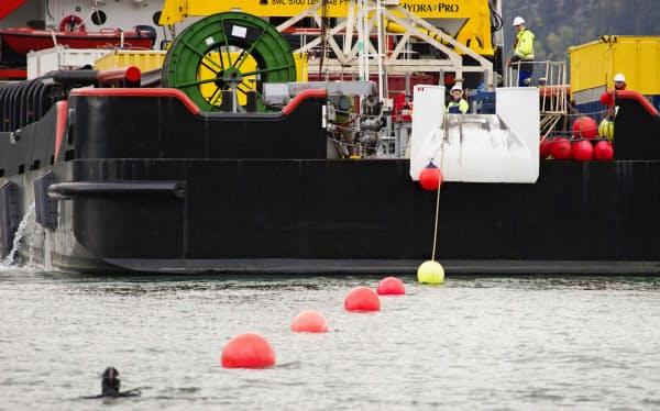 米政府は米中をつなぐ海底ケーブルの敷設を阻止しようとしている=AP