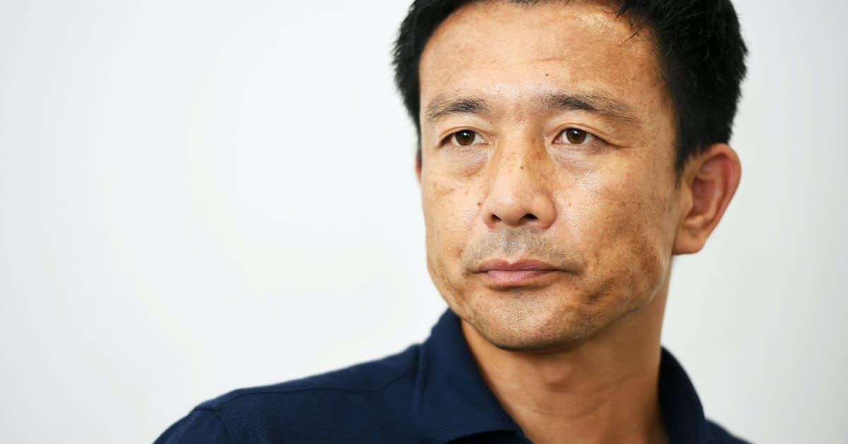 元 サッカー 選手 中田 英寿 の j リーグ の デビュー チーム は どこ