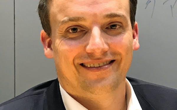 Christian Klein 1980年ドイツ生まれ。独マンハイムのコープ教育大学で国際ビジネス専攻。99年に学生としてSAPに入り、2011年米サクセスファクターズ出向。16年最高執行責任者(COO)、18年執行役会メンバー就任。SAPの基幹商品の事業戦略を担う。