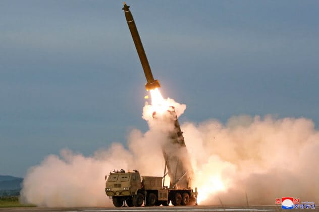 北朝鮮は相次いで弾道ミサイル実験を実施している=朝鮮中央通信・ロイター