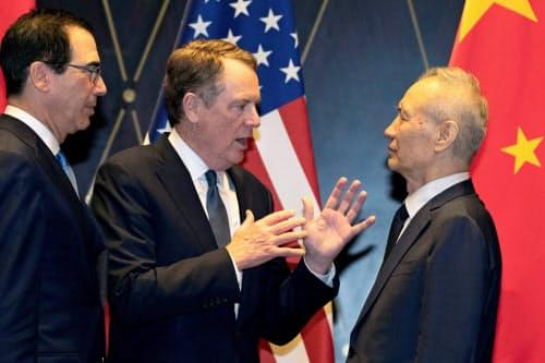 米企業は対話を通じた解決を呼びかけている(7月、上海で開いた米中閣僚協議)=ロイター