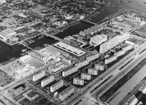 1950年代には団地が立ち並んだいた(UR都市機構提供)