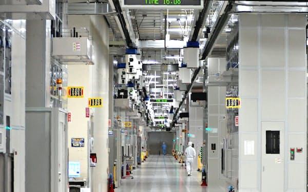 ルネサスエレクトロニクスは工場の生産を一時停止した(同社の那珂工場、茨城県ひたちなか市)