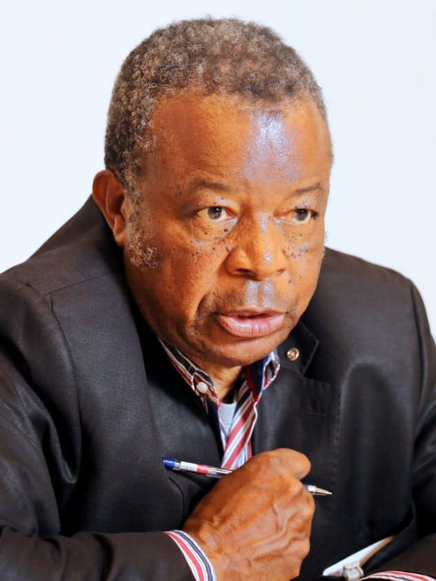 コンゴ民主共和国国立生物医学研究所所長 ジャンジャック・ムエンベタムフム博士