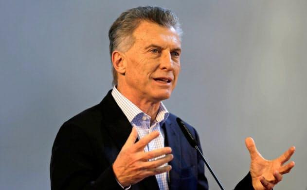 アルゼンチンのマクリ大統領が議会に長期債務返済猶予法案を出そうとしている=ロイター