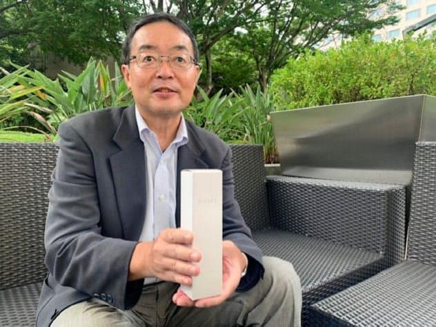 「高い技術力でつくった美容液を海外にも展開したい」と語る竹林社長