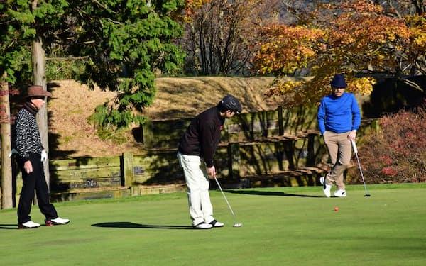 バリューゴルフは個人利用者同士でゴルフをできるシステム「一人予約ランド」を展開する。